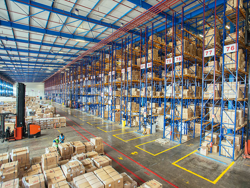 67 logistical centers in the whole world, 5 million m3 of volume, wide warehouse capacity